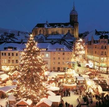 Bavaria Christmas Markets.SOURCE: http://www.pensionheidi-zwiesel.de/ENG/Bavarian-Forest-Christmas-Markets.html