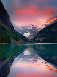 Lake Louise Banff National ParkSOURCE: http://www.flickr.com/photos/kevinmcneal/6986081880/in/contacts/