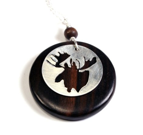 necklace dark wood