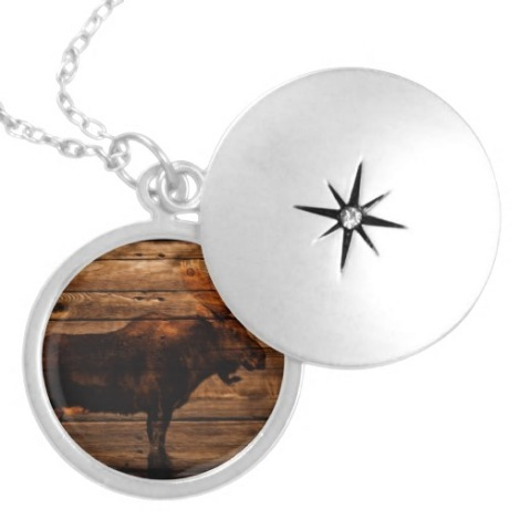 necklace wooden